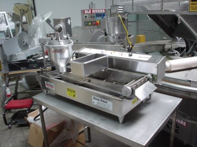 BELSHAW MARK II donut making machine