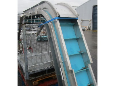 Used cleated decline conveyor [C07] -  340 mm
