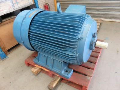 SIEMENS 325kW 3 phase motor electric motor