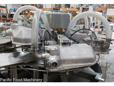 OLD RIVERS 8300 18B Rotary Vacuum Packaging Machine