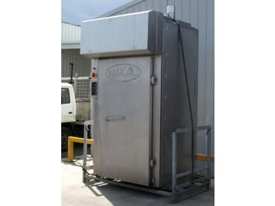 Makol Smokehouse with Smoke Generator
