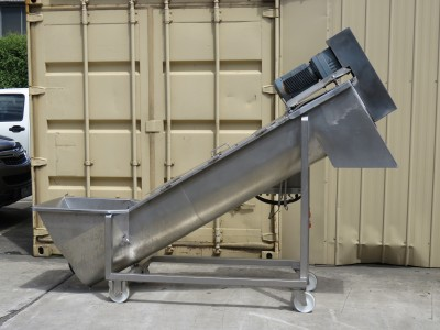 Incline Screw Conveyor