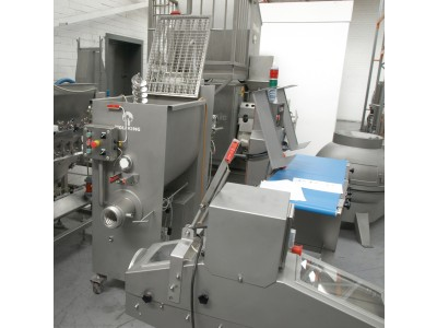 Wolfking 100-150 Mincer with PD200 Portioner