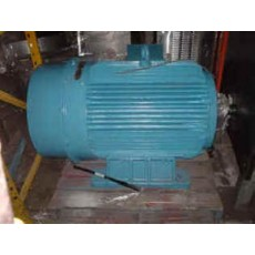 SIEMENS 325kW 3 phase motor electric motor