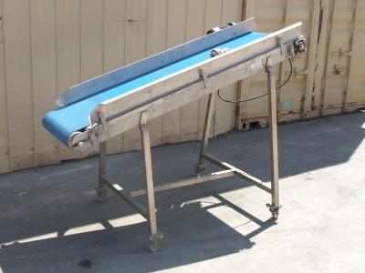 Incline Blue Belt Conveyor