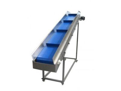 Incline Cleated Blue Belt Conveyor