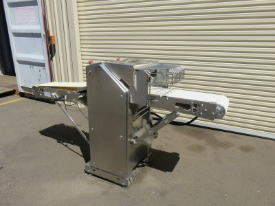 Cretel 365A Membrane Skinning Machine
