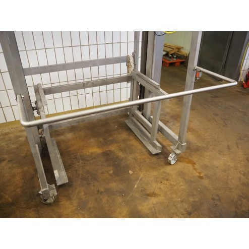 Mobile Tipper Lifter for Pallet Boxes