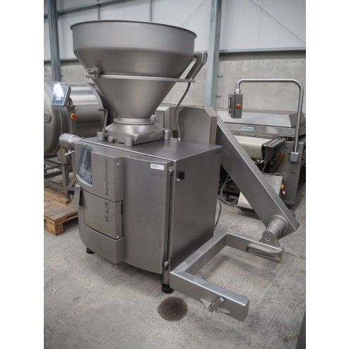 Handtmann VF628 Vacuum Filler with Lifter + GD93 mince head