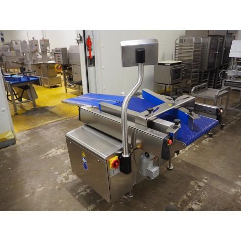 Multivac MBS 120 Standalone Converging Conveyor