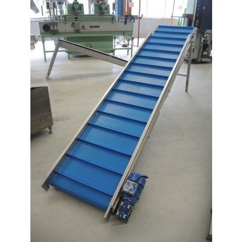 Brebeck Elevating Conveyor Belt