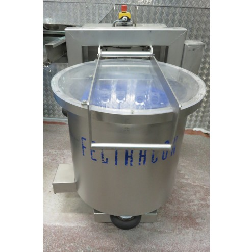 Feltracon type 80A rotary salad spinner