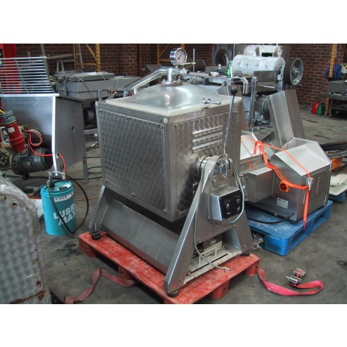 TALLERES-VAL 150L Z-Arm Stainless Steel, Twin Shaft Vacuum Mixer with Tilt
