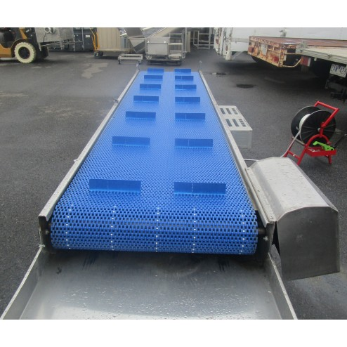 4.3m Incline Conveyor with Cleated Belt